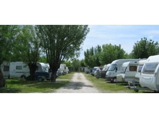 karavan-consejos-karavan-para-establecerse-en-el-camping-2201