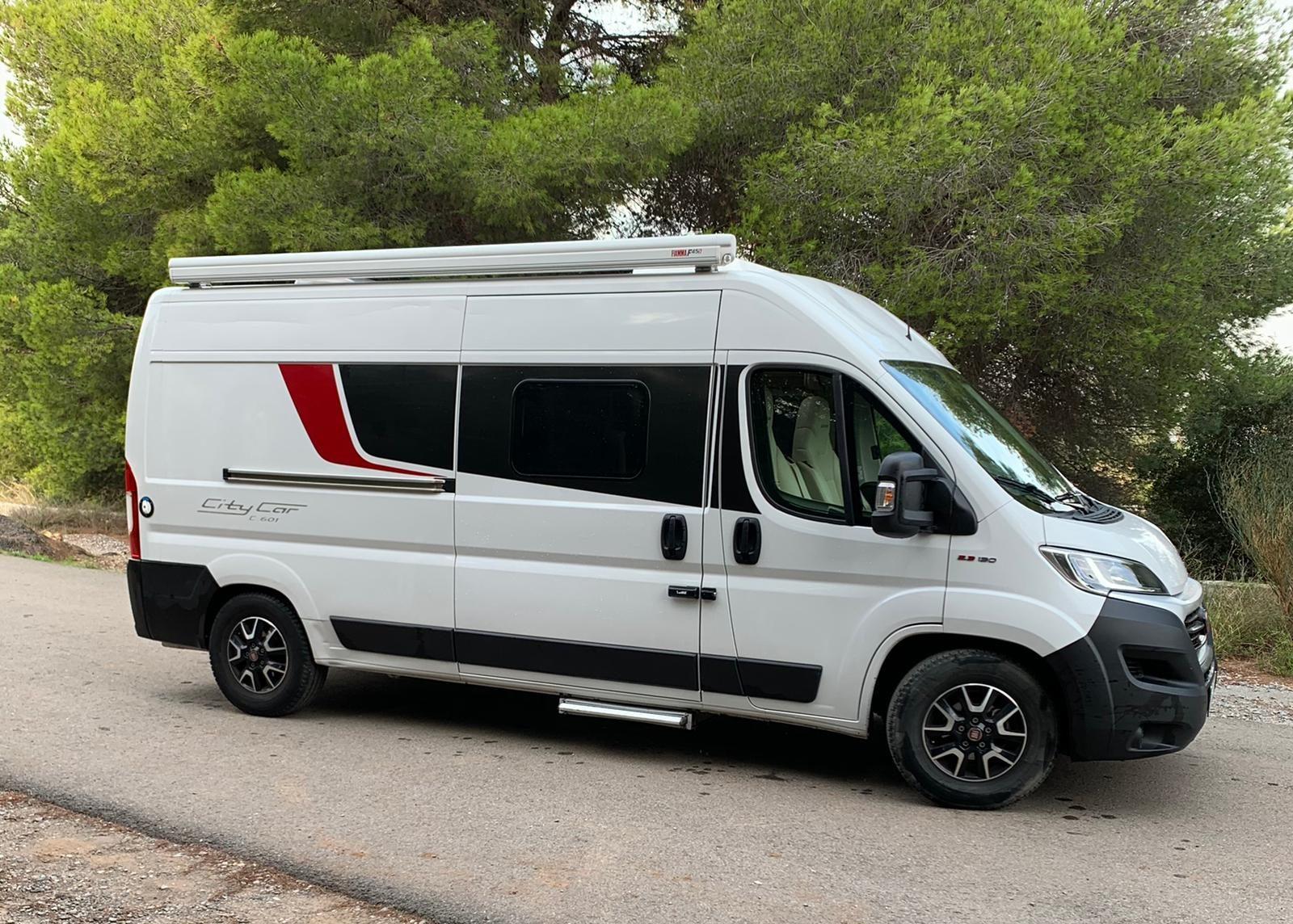 ¿Sabes distinguir entre una caravana, una autocaravana y una camper?-karavan.es