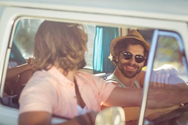 Reglas básicas si vas a conducir una autocaravana: circular, estacionar y acampar - karavan.es